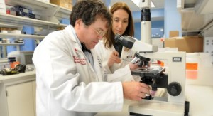 Dr. Peter Hotez in lab