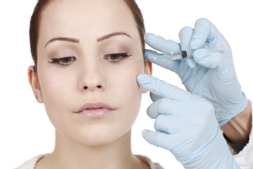 Botulinum Toxin Injections For Plastic Surgery May Also Treat Depression, According To UT Southwestern Researchers